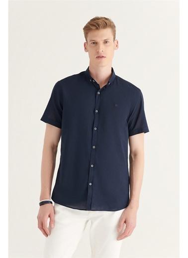Avva Erkek Düz Düğmeli Yaka Slim Fit Kısa Kol Vual Gömlek A11B2210 Lacivert